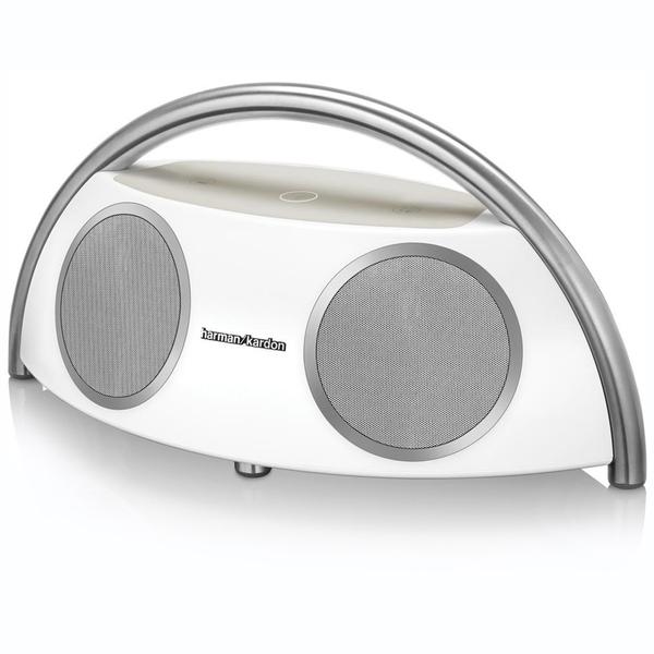 Портативная колонка Harman KardonПортативная колонка<br>Портативная акустика, которая благодаря своему уникальному звучанию подойдёт не только для прослушивания на прогулках, но и будет отличной домашней АС. 4 динамика, фазоинвертор, частотный диапазон от 40 Гц до 20000 Гц.<br>