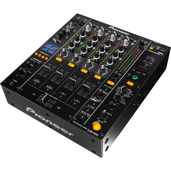Купить со скидкой DJ микшерный пульт Pioneer