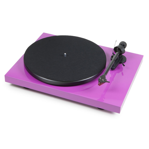 ��������� ������������� Pro-Ject - Pro-Ject��������� �������������<br>������������� ��� ���������� � ���������� �������� �� �������� �������� ����, ������� ���������� �������� � ����� ������������������� ������ �������, �������� ��, ������ ������������ �������� 33/45, ������� 415 � 118 � 320 ��.<br>