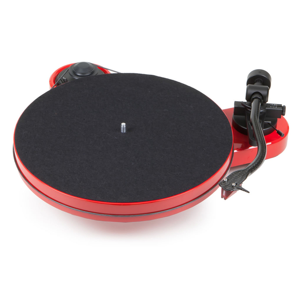 Виниловый проигрыватель Pro-Ject RPM 1 Carbon Red (2M Red)  виниловый проигрыватель pro ject rpm 5 carbon red