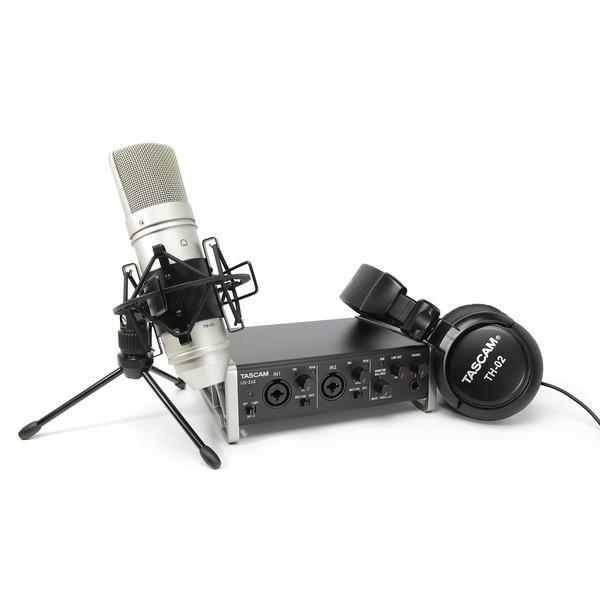 Внешняя студийная звуковая карта TASCAM