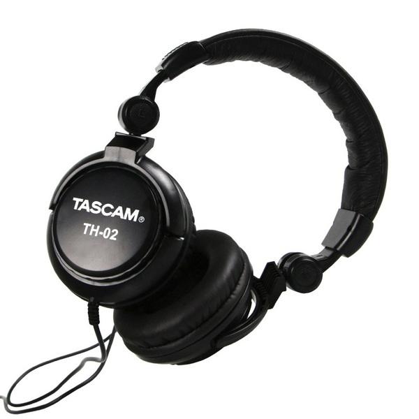Охватывающие наушники TASCAM