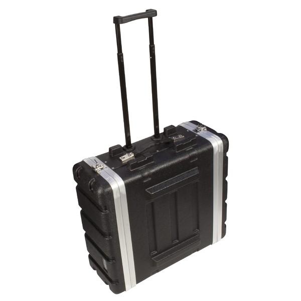 Аксессуар для концертного оборудования UltimateАксессуар для концертного оборудования<br>Жесткий кейс на колесиках для транспортировки и хранения рэковых устройств объемом 4U (3U могут быть использованы), выполненный из ударопрочного и легкого пластика ABS.<br>